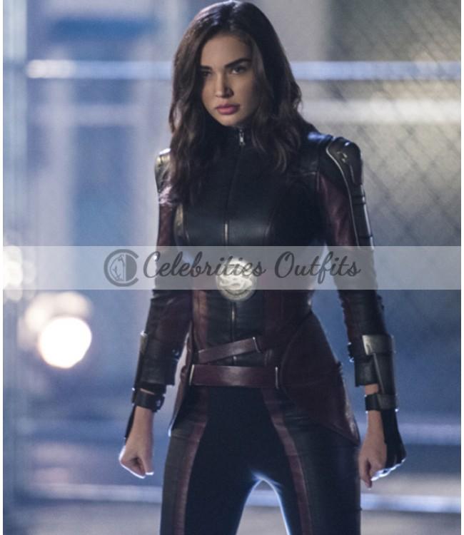 supergirl-amy-jackson-costume
