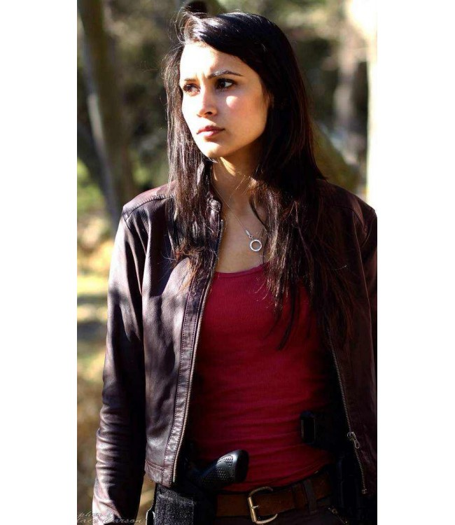 sophia-taylor-walking-deceased-brooklyn-jacket